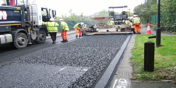 enfield plastiche asfalto