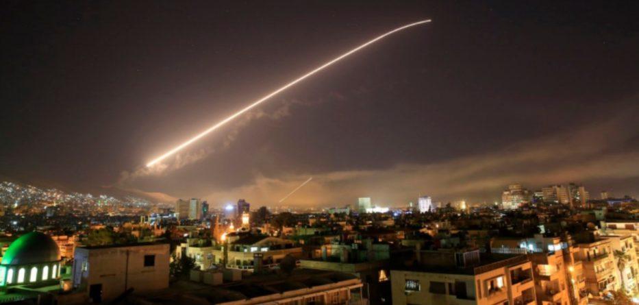 siria-bombardamento-damasco